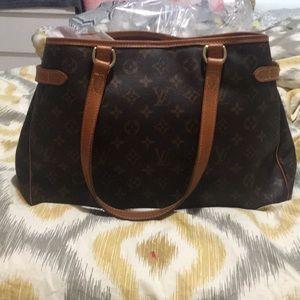 Authentic Louis Vuitton Batignolles purse